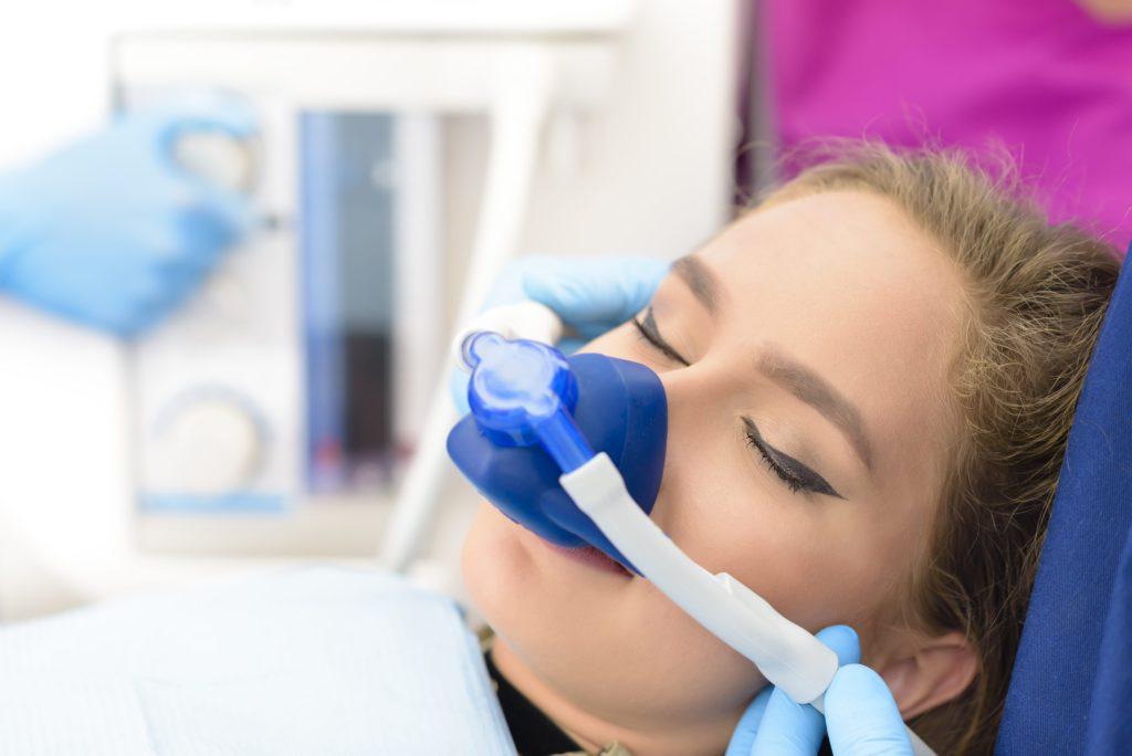 Анестезия перед имплантацией